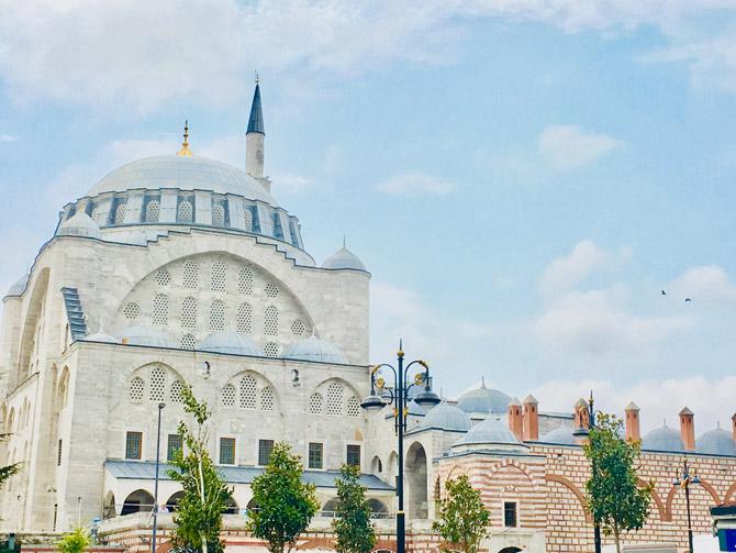 Edirnekapı Mihrimah Sultan Camii Özellikleri